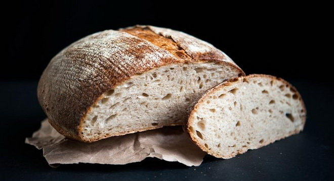 Хлеб на ржаной закваске в духовке