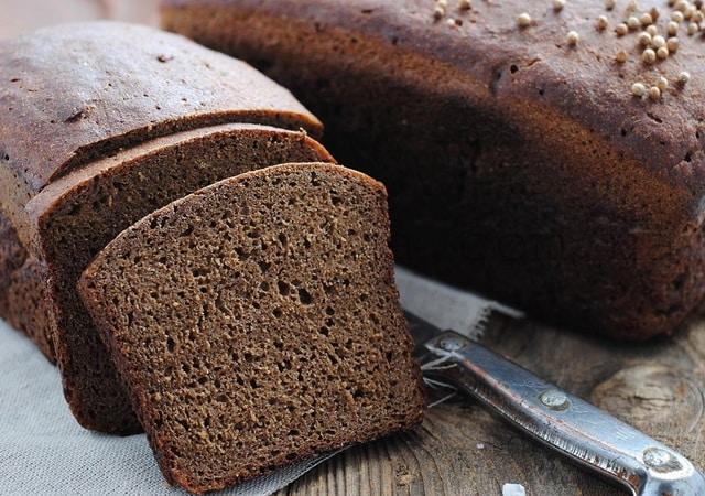 черный бородинский хлеб